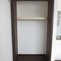 クローゼット 枕棚・ハンガーパイプは標準で施工されます。
