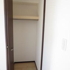 収納。枕棚は標準で施工されます。