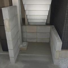 今回はブロックにてゴミ置き場を施工しました。