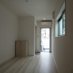 室内2 収納は可動式になっており引っ越し後玄関へ移動できます。