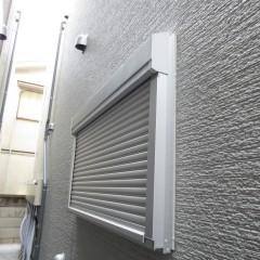 シャッター雨戸 今回は標準にて1階居室に施工しています。