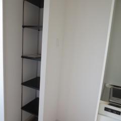 玄関収納 稼働棚が標準で施工されます。