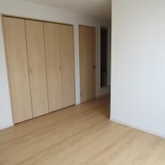 室内2 十分な収納スペースを確保しています。