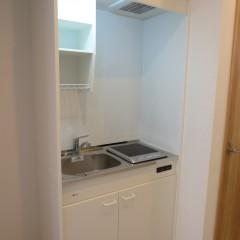 キッチン (IHコンロは別途工事代金がかかります。)