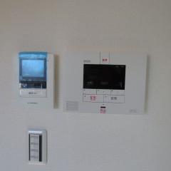 カラーモニターホン・セコム セコムに関しては別途導入代金が発生します。