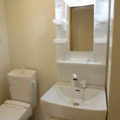 トイレと洗面が同室の部屋もあります。