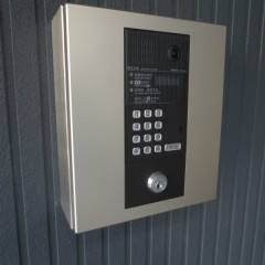 電子オートロック(8戸以上は標準仕様)